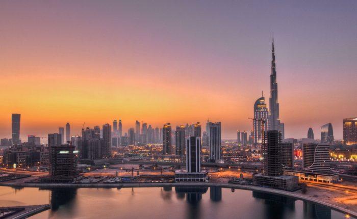 Explore Dubai with Burj Khalifa