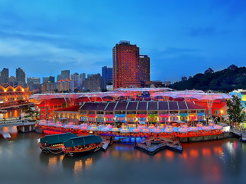 Clarke Quay tour with TripDezire for booking call at 999 111 9350