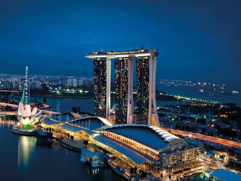 Marina Bay Singapore tour with TripDezire for booking call at 999 111 9350