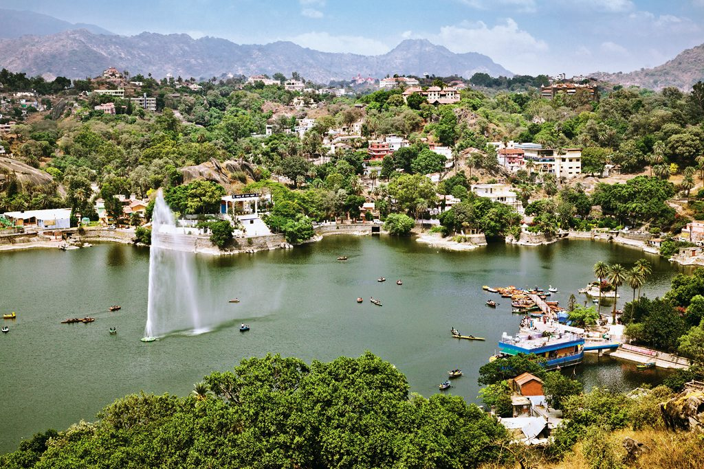 Mount Abu tour with TripDezire for booking call at 999 111 9350