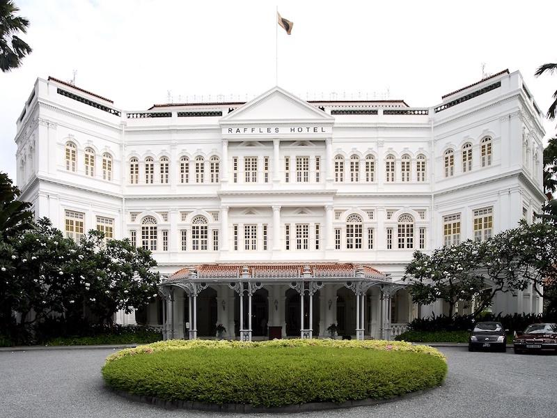Raffles Hotel Singapore Tour with TripDezire