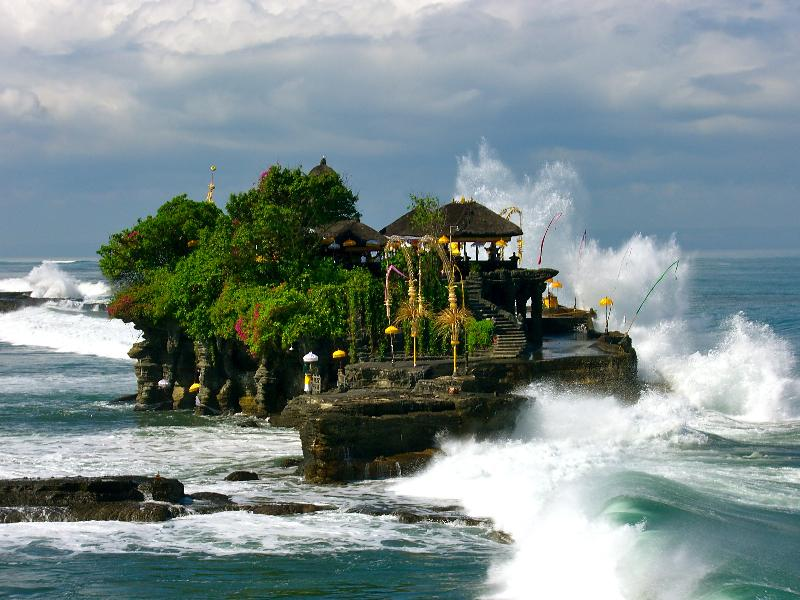 Tanah Lot tour with TripDezire