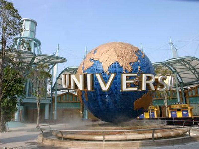 Universal Studios Singapore Tour with TripDezire for bookimg call at 999 111 9350