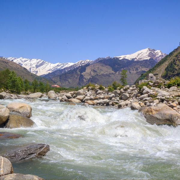 Manali Tour Packages with TripDezire for booking call at 999 111 9350