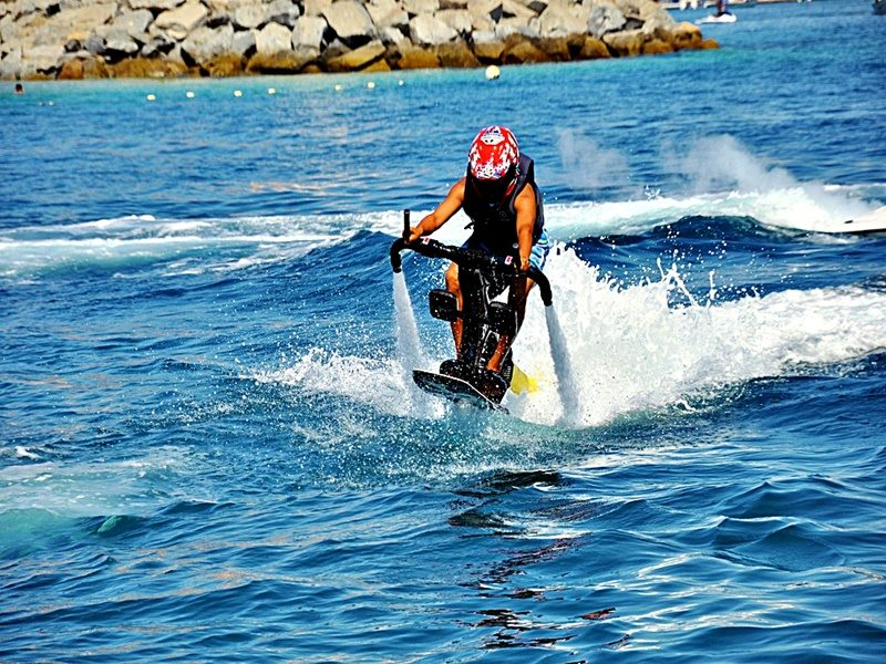 Jetpack - Water Sports in Dubai with Tripdezire for booking call us at 999 111 9350